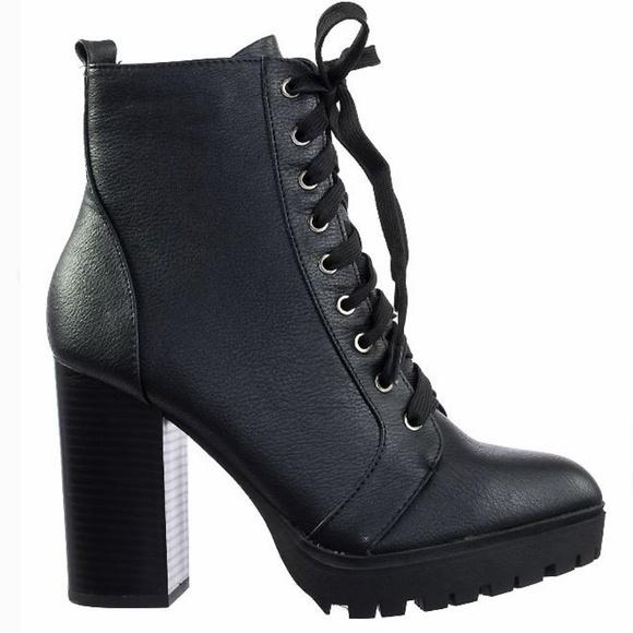 653945b66cc4 Black Combat Lace Up Platform Lug Sole Bootie Boot